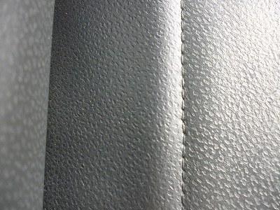 レザーシート★塗料付着の除去05