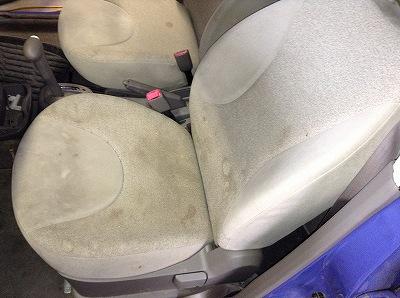 シートの染み汚れ01
