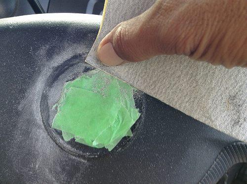ハンドルの接着剤跡の除去・リペア03
