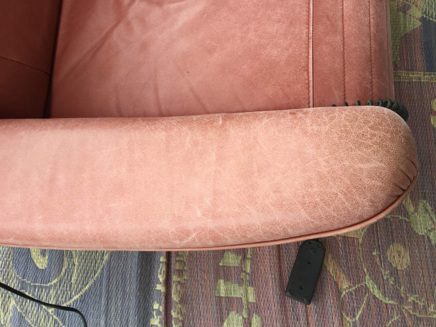 革製ソファーの擦れ・色剥げ03