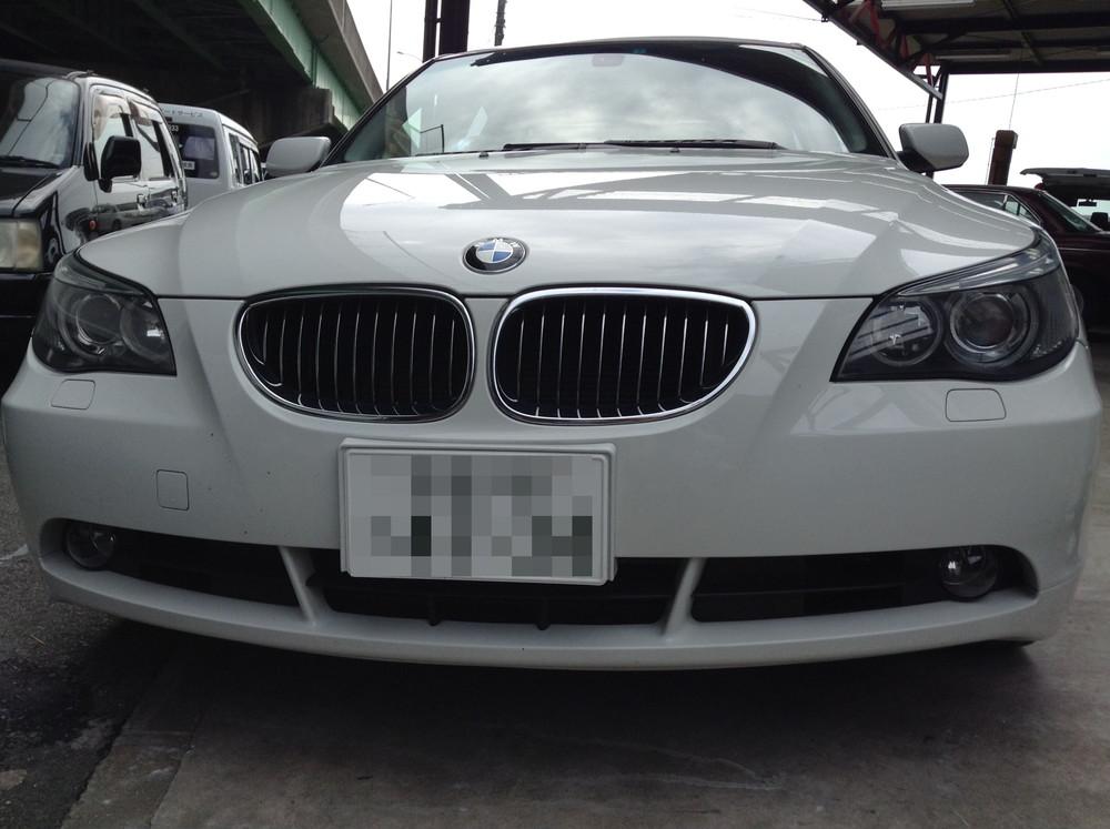 BMWヘッドライトの白濁・クラックの除去