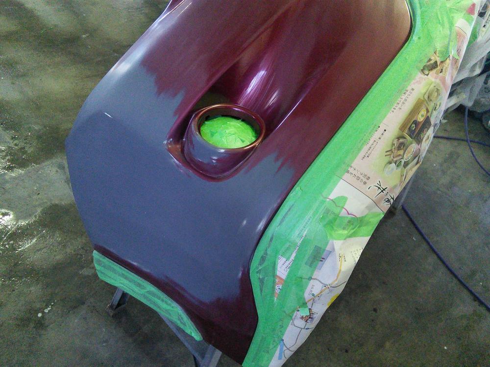 フロントバンパーのスリ傷の修理・塗装04